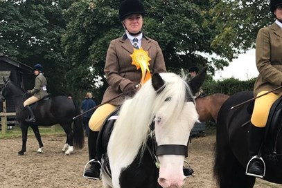 9th= Donna Alston - Theo(UK) - November 2017 Class 8 Condition & Turnout Ridden